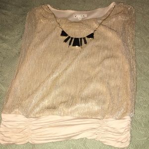 Lady's nice blouse with necklace in new condition
